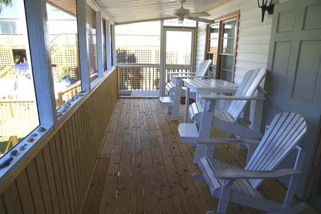 Screen porch upstairs