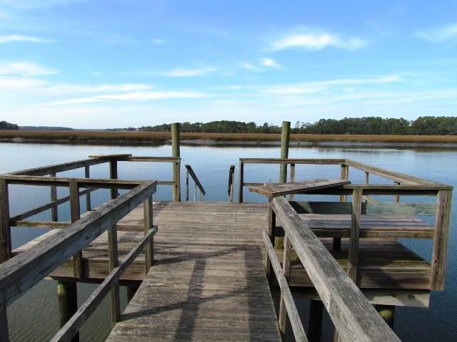 Dock on St. Pierre Creek