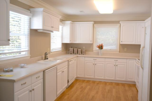 1st Fl - Kitchen Area