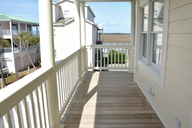 2nd Fl Covered Deck
