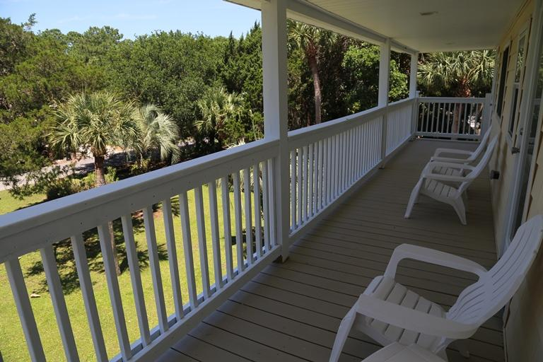 2nd Floor Covered Deck