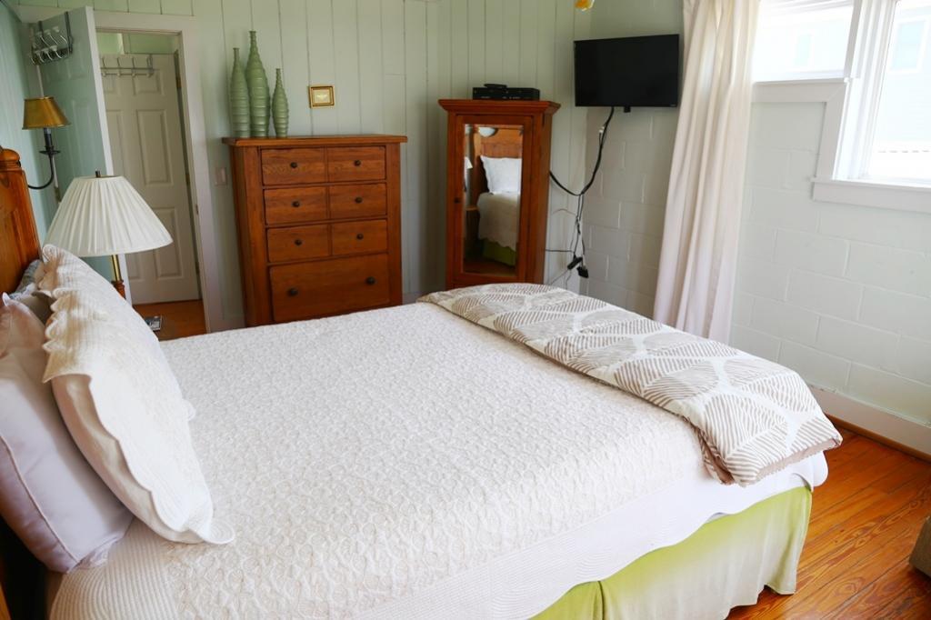 2nd Bedroom 2nd Fl