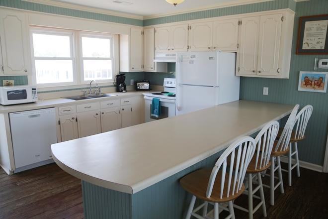 Upstairs Kitchen and breakfast bar