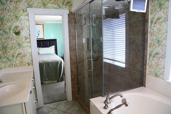 Master Bath 2nd Bedroom