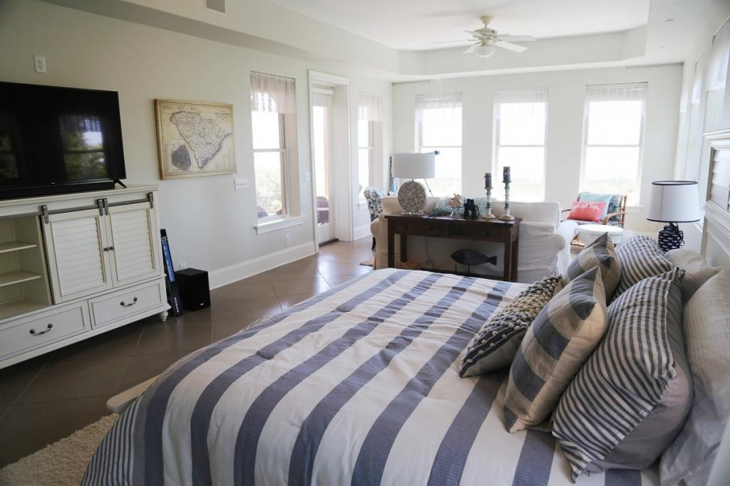 1st Fl 1st Bedroom