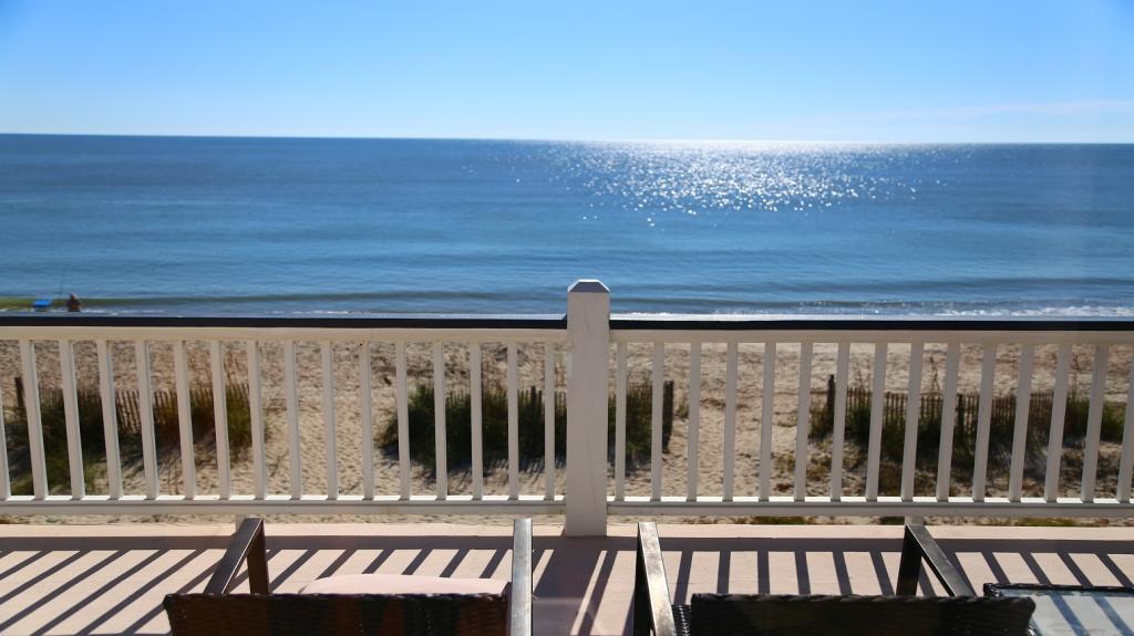 Beach Side Screen Porch