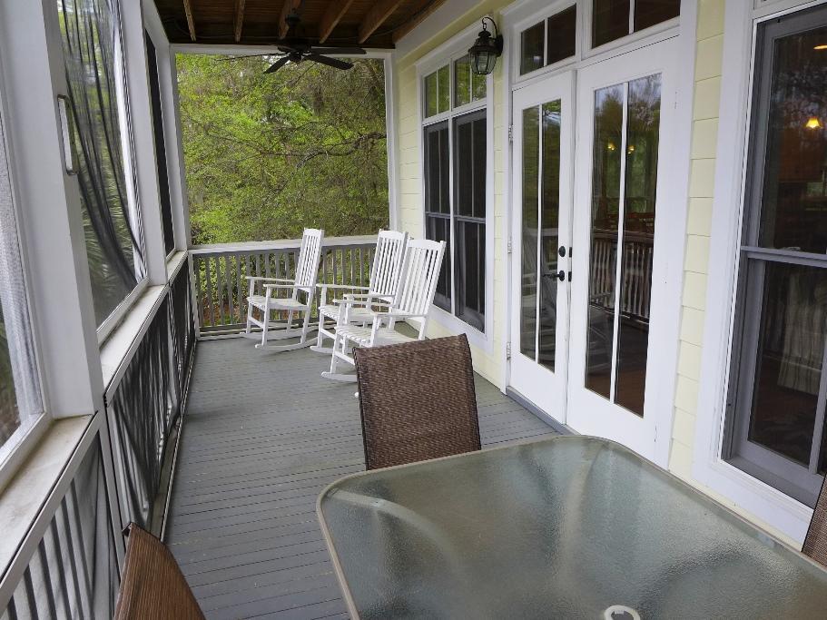 1st Floor Screen Porch - facing Jungle Shores