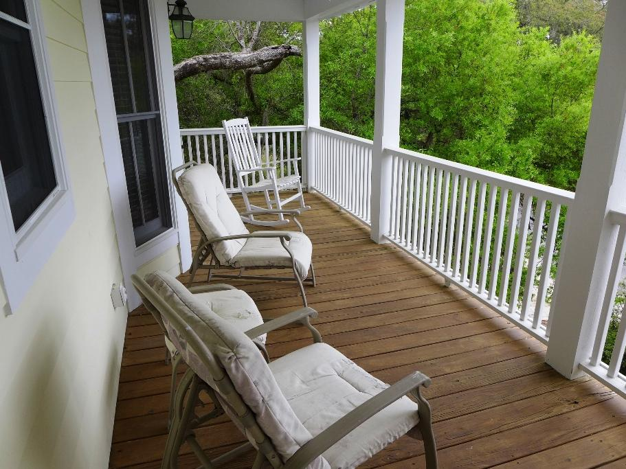 1st Floor - Covered Deck facing Jungle Road
